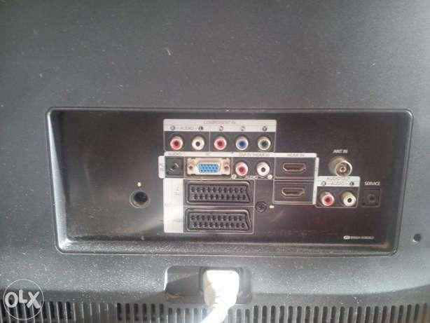Samsung_Le40a553p4r_-_Back_1.jpg.f1b2ba0108099fb9bb96ec05a0c93b57.jpg